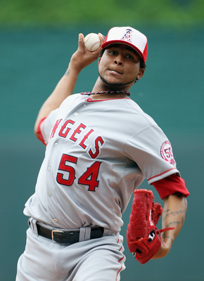 KANSAS CITY, MO - MAY 30:  Starting pitcher Ervin Santana #54 of the Los Angeles Angels of Anaheim warms up just prior to the start of the game against the Kansas City Royals on May 30, 2011 at Kauffman Stadium in Kansas City, Missouri.  (Photo by Jamie S