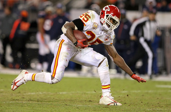 DENVER - JANUARY 03: Jamaal Charles #25 of the Kansas City Chiefs rushes for a fourth quarter touchdown against the Denver Broncos at Invesco Field at Mile High on January 3, 2010 in Denver, Colorado. (Photo by Doug Pensinger/Getty Images)