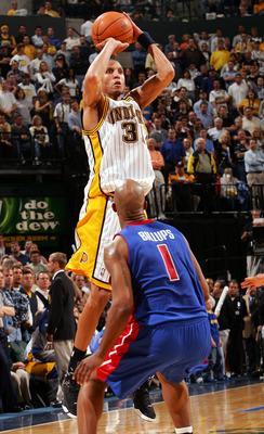 INDIANAPOLIS - MAY 19:  Reggie Miller #31 of the Indiana Pacers takes one of his shots as Chauncey Billups #1 of the Detroit Pistons defends in Game six of the Eastern Conference Semifinals during the 2005 NBA Playoffs on May 19, 2005 at Conseco Fieldhous