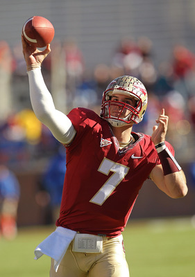 TALLAHASSEE, FL - NOVEMBER 27: Christian Ponder #7 of the Florida State Seminoles warms up before a game against the Florida Gators at Doak Campbell Stadium on November 27, 2010 in Tallahassee, Florida.  (Photo by Mike Ehrmann/Getty Images)