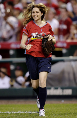 ST. LOUIS - JULY 12: Actress Jenna Fisher runs onto the field during the Taco Bell All-Star Legends & Celebrity Softball Game at Busch Stadium on July 12, 2009 in St. Louis, Missouri. (Photo by Jamie Squire/Getty Images)