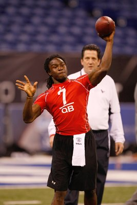 INDIANAPOLIS, IN - FEBRUARY 28: Quarterback Armanti Edwards of Appalachian State passes the football during the NFL Scouting Combine presented by Under Armour at Lucas Oil Stadium on February 28, 2010 in Indianapolis, Indiana. (Photo by Scott Boehm/Getty