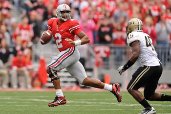 COLUMBUS, OH - OCTOBER 23:  Terrelle Pryor #2 of the Ohio State Buckeyes rolls out against the Purdue Boilermakers at Ohio Stadium on October 23, 2010 in Columbus, Ohio.  (Photo by Jamie Sabau/Getty Images)