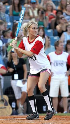 Carrie_underwood_softball_shor_display_image