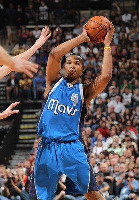 SAN ANTONIO - APRIL 25:  Caron Butler #4 of the Dallas Mavericks in Game Four of the Western Conference Quarterfinals during the 2010 NBA Playoffs at AT&amp;T Center on April 25, 2010 in San Antonio, Texas. NOTE TO USER: User expressly acknowledges and agrees