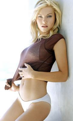 Elisha-cuthbert-billed4_display_image