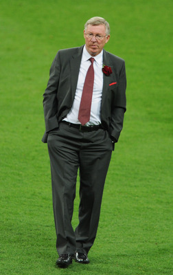 LONDON, ENGLAND - MAY 28:  Sir Alex Ferguson manager of Manchester United shows his dejection after the UEFA Champions League final between FC Barcelona and Manchester United FC at Wembley Stadium on May 28, 2011 in London, England.  (Photo by Michael Reg