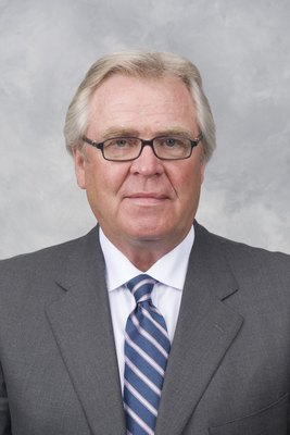 NEW YORK - 2007:  Glen Sather of the New York Rangers poses for his 2007 NHL headshot at photo day in New York, New York. (Photo by Getty Images)