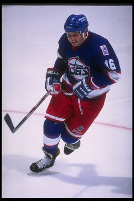 22 Oct 1995:  Center Ed Olczyk of the Winnipeg Jets moves down the ice during a game against the Anaheim Mighty Ducks at Arrowhead Pond in Anaheim, California.  The Ducks won the game, 6-2. Mandatory Credit: Glenn Cratty  /Allsport