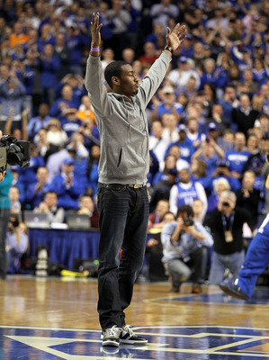 LEXINGTON, KY - FEBRUARY 08:  John Wall of the Washington Wizards waves to the crowd during the Kentucky Wildcats SEC game against the Tennessee Volunteers at Rupp Arena on February 8, 2011 in Lexington, Kentucky.  (Photo by Andy Lyons/Getty Images)
