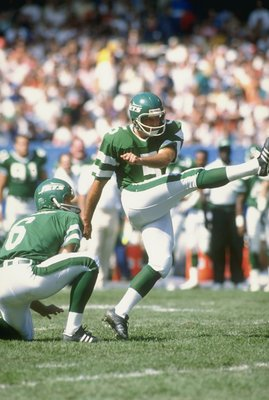 1989:  Placekicker Pat Leahy of the New York Jets kicks the ball during a game against the Cleveland Browns at Cleveland Stadium in Cleveland, Ohio.  The Browns won the game 38-24. Mandatory Credit: Rick Stewart  /Allsport