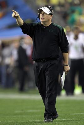 Oregon head coach Chip Kelly