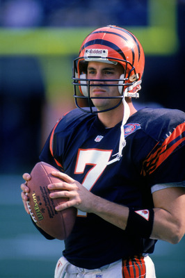 CINCINNATI - NOVEMBER 13:  Quarterback David Klingler #7 of the Cincinnati Bengals holds a football during the game against the Houston Oilers at Riverfront Stadium on November 13, 1994 in Cincinnati, Ohio.  The Oilers defeated the Bengals 35-5.   (Photo