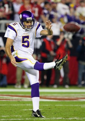GLENDALE, AZ - DECEMBER 06:  Punter Chris Kluwe #5 of the Minnesota Vikings kicks the ball during the NFL game against the Arizona Cardinals at the Universtity of Phoenix Stadium on December 6, 2009 in Glendale, Arizona.  The Cardinals defeated the Viking
