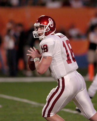 Oklahoma quarterback Jason White during first half action at the FedEx Orange Bowl National Championship at Pro Player Stadium in Miami, Florida on January 4, 2005. USC beat Oklahoma 55-19. (Photo by A. Messerschmidt/Getty Images)