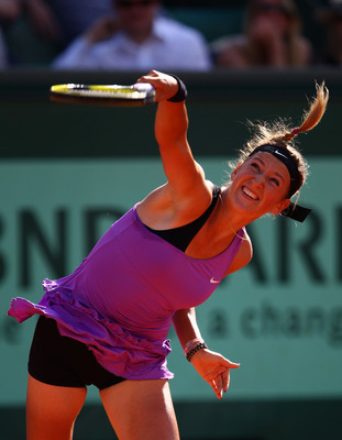 Victoria Azarenka shrieking her way through the draw