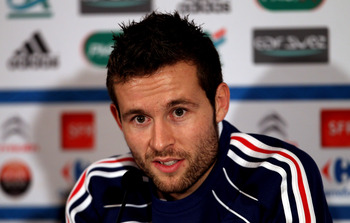 LONDON COLNEY, ENGLAND - NOVEMBER 15:  Yohan Cabaye  speaks to the media during a press conference ahead of the international match against England on November 15, 2010 at Sopwell House, St Albans, England. (Photo by Scott Heavey/Getty Images)
