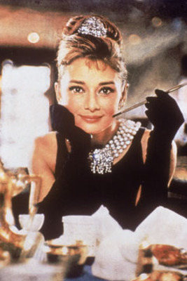 Audrey-hepburn-breakfast-at-tiffanys-240ls052710_display_image