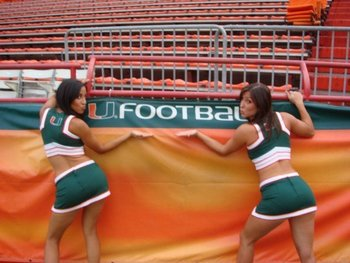 Miami_cheerleaders_6_display_image