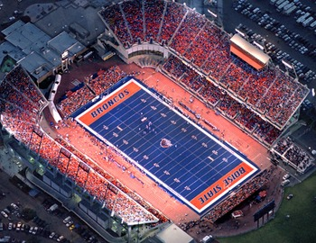 Broncostadium_display_image