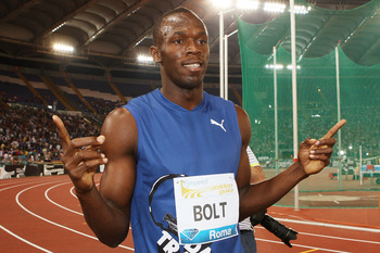 ROME, ITALY - MAY 26:  Usain Bolt of Jamaica celebrates winning the men's 100m at the IAAF Compeed Golden Gala at Stadio Olimpico on May 26, 2011 in Rome, Italy.  (Photo by Paolo Bruno/Getty Images)