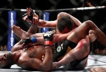 Anderson Silva locking in a triangle choke on Chael Sonnen