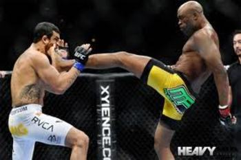 Anderson Silva knocking out Vitor Belfort with a vicious front kick
