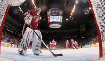 GLENDALE, AZ - APRIL 20:  Goaltender Ilya Bryzgalov #30 of the Phoenix Coyotes reacts after allowing a third period goal to Danny Cleary (not picutred) of the Detroit Red Wings in Game Four of the Western Conference Quarterfinals during the 2011 NHL Stanl