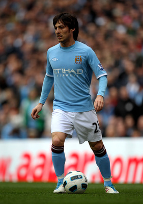 MANCHESTER, ENGLAND - APRIL 03:   David Silva of Manchester City in action during the Barclays Premier League match between Manchester City and Sunderland at the City of Manchester Stadium on April 3, 2011 in Manchester, England.  (Photo by Alex Livesey/G