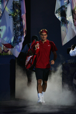 SHANGHAI, CHINA - NOVEMBER 18:  Roger Federer of Switzerland arrives for the final match against David Ferrer of Spain in the Tennis Masters Cup at Qi Zhong Stadium on November 18, 2007 in Shanghai, China. Federer won the final match.  (Photo by Andrew Wo