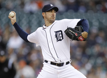 DETROIT, MI - MAY 02:  Justin Verlander #35 of the Detroit Tigers throws a first inning pitch while playing the New York Yankees  at Comerica Park on May 2, 2011 in Detroit, Michigan.  (Photo by Gregory Shamus/Getty Images)