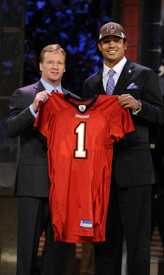 NEW YORK - APRIL 25:  NFL Commissioner Roger Goodell poses with Tampa Bay Buccaneers #17 draft pick Josh Freeman at Radio City Music Hall for the 2009 NFL Draft on April 25, 2009 in New York City  (Photo by Jeff Zelevansky/Getty Images)