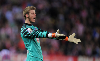 MADRID, SPAIN - MARCH 19: David De Gea of Atletico Madrid reacts during the La Liga match between Atletico Madrid and Real Madrid at Vicente Calderon Stadium on March 19, 2011 in Madrid, Spain.  (Photo by Denis Doyle/Getty Images)