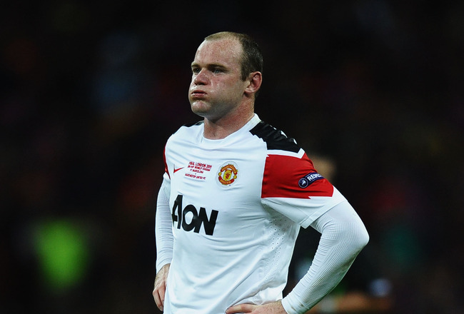 LONDON, ENGLAND - MAY 28:  Wayne Rooney of Manchester United shows is dejection during the UEFA Champions League final between FC Barcelona and Manchester United FC at Wembley Stadium on May 28, 2011 in London, England.  (Photo by Laurence Griffiths/Getty