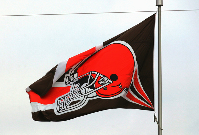 CLEVELAND - OCTOBER 24:  The Cleveland Browns flag flies proud during the game with the Philadelphia Eagles on October 24, 2004 at Cleveland Browns Stadium in Cleveland, Ohio. The Eagles defeated the Browns 34-31 in overtime. (Photo by Ronald Martinez/Get