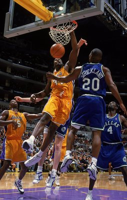 7 Nov 1999: Shaquille O''Neal #34 of the Los Angeles Lakers makes a layup during a game against the Dalls Mavericks at the Staples Center in Los Angeles, California. The Lakers defeated the Mavericks 105-97.