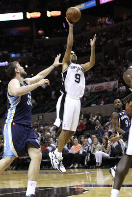 SAN ANTONIO, TX - APRIL 27:  Tony Parker #9 of the San Antionio Spurs shoots over Marc Gasol #33 of the Memphis Grizzlies in Game Five of the Western Conference Quarterfinals in the 2011 NBA Playoffs on April 27, 2011 at AT&T Center in San Antonio, Texas.