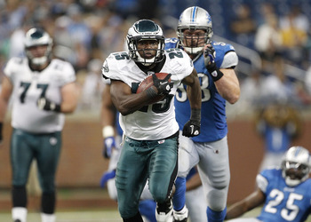DETROIT - SEPTEMBER 19:  LeSean McCoy #25 of the Philadelphia Eagles scores on a 46 yard touchdown during the fourth quarter of the game against the Detroit Lions at Ford Field on September 19, 2010 in Detroit, Michigan. The Eagles defeated the Lions 35-3