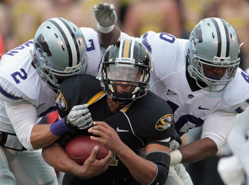 COLUMBIA, MO - NOVEMBER 13:  Quarterback James Franklin #1 of the Missouri Tigers carries the ball during the game against the Kansas State Wildcats on November 13, 2010 at Faurot Field/Memorial Stadium in Columbia, Missouri.  (Photo by Jamie Squire/Getty
