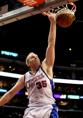 LOS ANGELES, CA - JANUARY 18:  Chris Kaman #35 of the Los Angeles Clippers dunks against the the New Jersey Nets on January 18, 2010 at Staples Center in Los Angeles, California. The Clippers won 106-95.  NOTE TO USER: User expressly acknowledges and agre