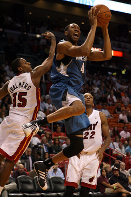 MIAMI - NOVEMBER 02:  Forward wesley Johnson #4 of the Minnesota Wolves shoots against the Miami Heat at American Airlines Arena on November 2, 2010 in Miami, Florida. NOTE TO USER: User expressly acknowledges and agrees that, by downloading and or using