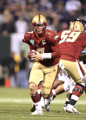 SAN FRANCISCO, CA - JANUARY 09:  Chase Rettig #7 of Boston College in action against the Nevada Wolf Pack in the Kraft Fight Hunger Bowl at AT&T Park on January 9, 2011 in San Francisco, California.  (Photo by Ezra Shaw/Getty Images)
