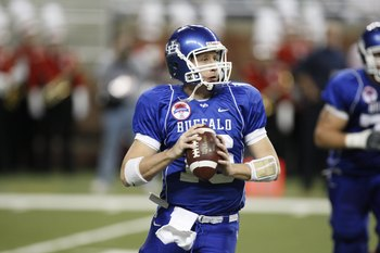 DETROIT - DECEMBER 5:  Quarterback Drew Willy #16 of the Buffalo Bulls looks to pass against the Ball State Cardinals during the MAC Championship game on December 5, 2008 at Ford Field in Detroit Michigan. (Photo by: Gregory Shamus/Getty Images)