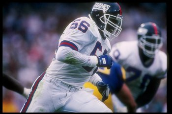 11 Nov 1990:  Linebacker Lawrence Taylor of the New York Giants moves down the field during a game against the Los Angeles Rams at Anaheim Stadium in Anaheim, California.  The Giants won the game, 31-7. Mandatory Credit: Mike Powell  /Allsport