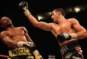 1285416777froch-pascal-fight_display_image