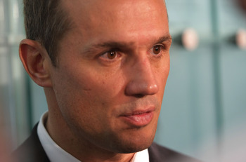 TORONTO, ON - NOVEMBER 09:  Steve Yzerman speaks with the media at the Hockey Hall of Fame Induction Photo Opportunity at the Hockey Hall of Fame on November 9, 2009 in Toronto, Canada.  (Photo by Bruce Bennett/Getty Images)
