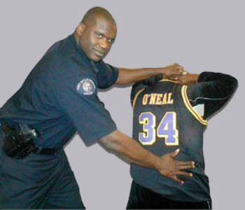 Shaq-cop_display_image