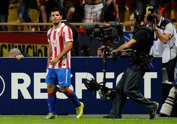 MONACO - AUGUST 27:  Sergio Aguero of Atletico celebates after scoring his team's second goal during the UEFA Super Cup match between Inter Milan and Atletico Madrid at Louis II Stadium on August 27, 2010 in Monaco, Monaco.  (Photo by Claudio Villa/Getty