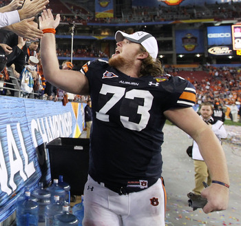 GLENDALE, AZ - JANUARY 10:  Lee Ziemba #73 of the Auburn Tigers celebrates their 22-19 victory after defeating the Oregon Ducks in the Tostitos BCS National Championship Game at University of Phoenix Stadium on January 10, 2011 in Glendale, Arizona.  (Pho