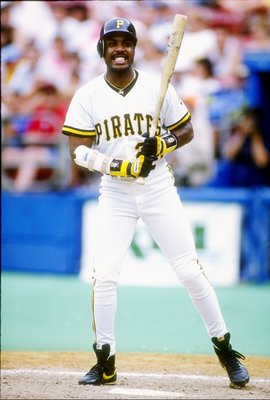 5 Jul 1992:  Left fielder Barry Bonds of the Pittsburgh Pirates watches his shot during a game against the Cincinnati Reds at Three Rivers Stadium in Pittsburgh, Pennsylvania. Mandatory Credit: Jeff Hixon  /Allsport